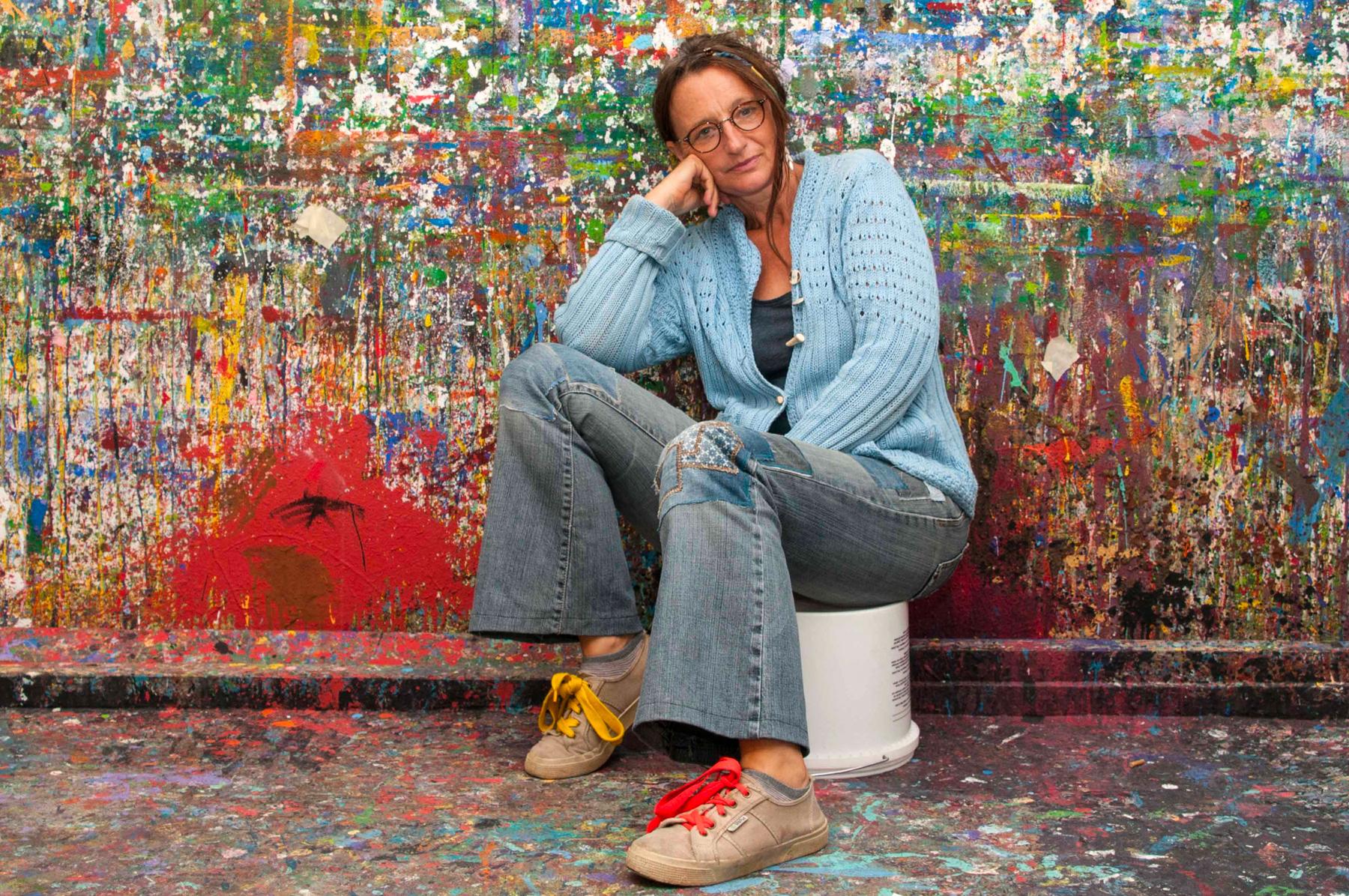 Caren Dinges in ihrem Atelier 2020, © Wolfgang Unger